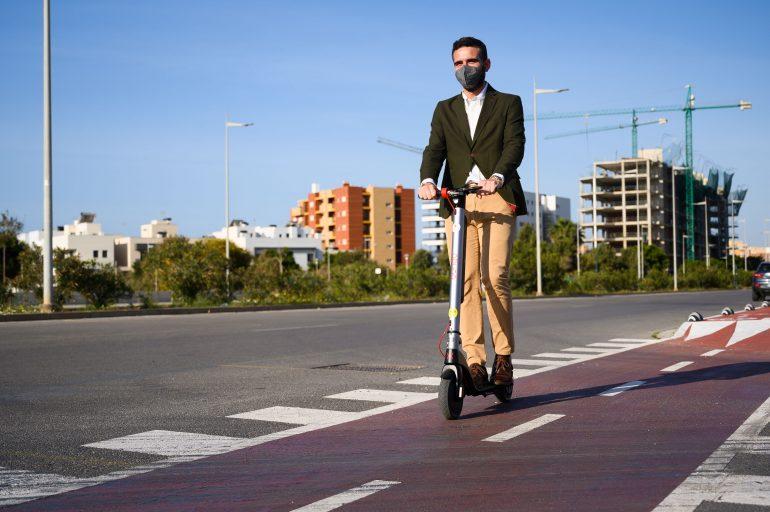 carril bici patinetes electricos vega1